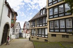 Limburgo, Alemanha, rua estreita da cidade medieval velha Imagens de Stock Royalty Free
