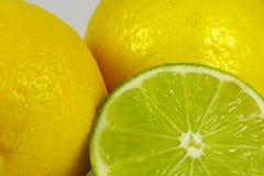 limefrukt för 2 citron arkivfoton