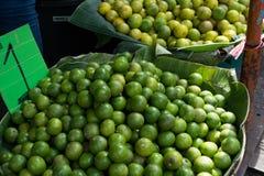 Limefrukt i den Thailand marknaden Fotografering för Bildbyråer