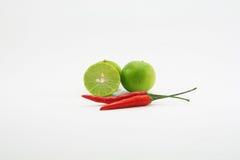 Limefrukt och chili royaltyfri fotografi