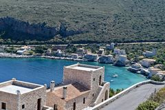Limeni-Dorf in Mani, Griechenland lizenzfreie stockfotografie