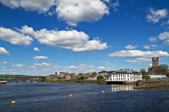 Limerick river view. River view scenery with castle in Limerick - Ireland Stock Photos