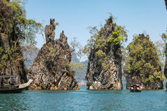 The limestone rocks in Cheow Lan Lake, Khao Sok National Park, T Royalty Free Stock Photos