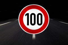 100 limit sign Royalty Free Stock Photo