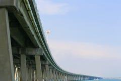 Limitation de vitesse sur la route d'outre-mer image libre de droits