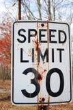 Limite di velocità 30 Immagini Stock