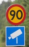 Limite di velocità e macchina fotografica Fotografie Stock