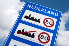Limites de velocidade gerais nos Países Baixos foto de stock