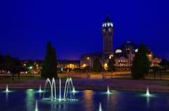 Limoges posterar vid natt Arkivfoton