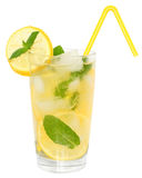 Limonada com cubos de gelo Fotos de Stock Royalty Free