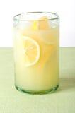 Limonada con verde imagenes de archivo