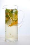 Limonada en una jarra Imagenes de archivo