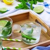 Limonada fresca con hielo Imagen de archivo libre de regalías