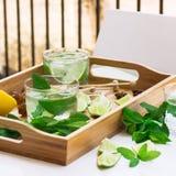 Limonada fresca con hielo Fotografía de archivo libre de regalías
