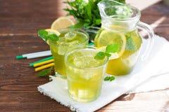Limonada hecha en casa de la menta Imagen de archivo
