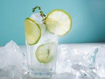 Limonade met ijs, kalk Royalty-vrije Stock Foto