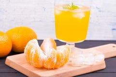 Limonata con gusto dei mandarini fotografie stock libere da diritti