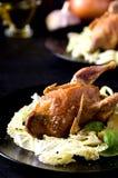 Limone al forno del basilico dell'insalata dei gallinacei della quaglia di paia Fotografie Stock Libere da Diritti