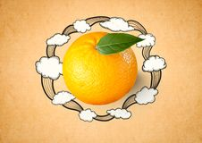 limone contro fondo arancio con i disegni della nuvola Fotografia Stock