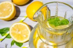 Limone e limonata Fotografia Stock