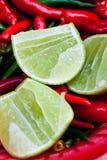 Limone e peperoncino rosso Fotografie Stock Libere da Diritti