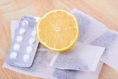 Limone e tè Fotografia Stock