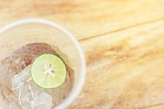 Limone in vetro Immagine Stock
