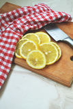 Limoni affettati Fotografie Stock Libere da Diritti