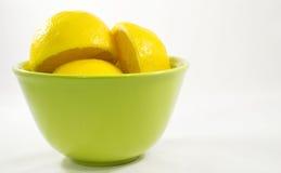 Limoni in ciotola Immagine Stock Libera da Diritti