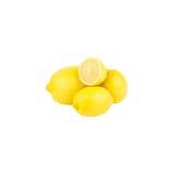Limoni gialli freschi, isolati su bianco Fotografie Stock Libere da Diritti