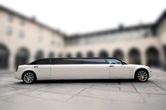 limousine blanche de mariage Image libre de droits