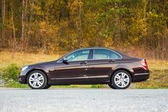 Limousine luxueuse allemande - grande couleur, grande trappe panoramique de toit ouvrant images stock