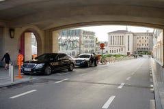 Limousines πολυτέλειας της Mercedes-Benz που σταθμεύουν Mont des Arts Στοκ Φωτογραφία
