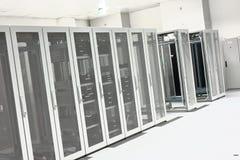 Limpe o interior industrial de uma sala do servidor Fotografia de Stock Royalty Free
