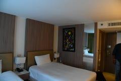 Limpe a sala de hotel fotografia de stock royalty free