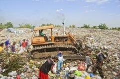 Limpiadores de la basura Imágenes de archivo libres de regalías