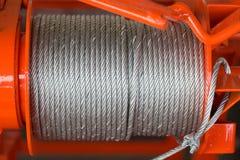 Limpie el alambre de acero o la cuerda de acero, tambor del nuevo cable de acero de la honda de la cuerda foto de archivo libre de regalías