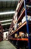 Limpie el almacén industrial fotos de archivo