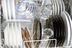 Limpie los platos Fotografía de archivo libre de regalías