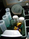 Limpie los platos en bandeja Foto de archivo libre de regalías