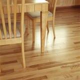 Limpo, brilhante, revestimento do assoalho de folhosa da madeira do bordo no interior de gama alta contemporâneo da sala de janta foto de stock