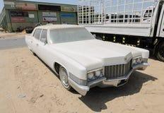 Limusina de Cadillac Fleetwood del americano del vintage Fotos de archivo libres de regalías