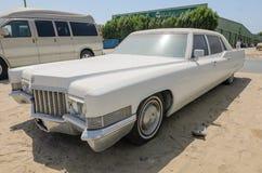 Limusina de Cadillac Fleetwood del americano del vintage Fotografía de archivo libre de regalías