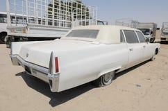 Limusina de Cadillac Fleetwood del americano del vintage Imagenes de archivo