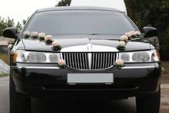 Limusina wedding adornada del frente imagen de archivo