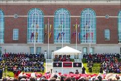 Lin-Manuel Miranda che parla alla graduazione Middletown Connecticut U.S.A. dell'università Wesleyan circa maggio 2015 Immagini Stock