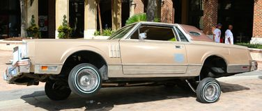 Lincoln Continental con hidráulica en Dayton Imagen de archivo