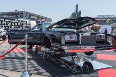 Lincoln Continental Mark V op vertoning tijdens DUB Show Tour Stock Afbeeldingen