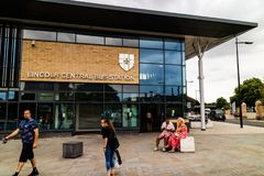 Lincoln Förenade kungariket - 07/21/2018: Ingången till Lincoen royaltyfria foton