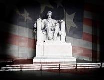 Lincoln flaga amerykańska i pomnik Fotografia Royalty Free